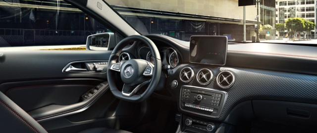 mercedes-benz-a-class_w176_design_interior_01_814x443_06-2015.jpg